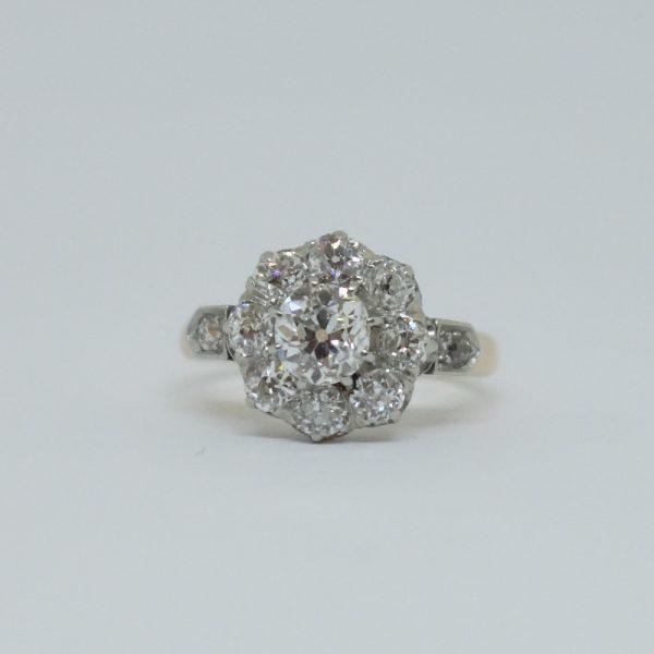 bague marguerite en diamants