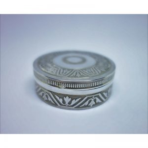 boîte argent ronde