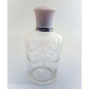 Flacon à parfum ancien gravé