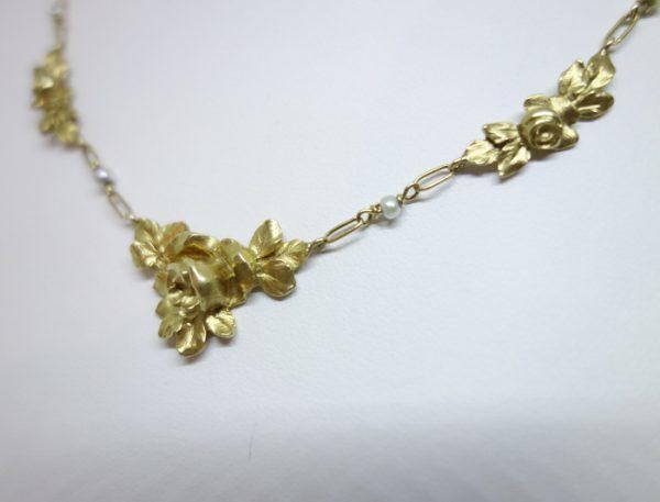 collier or art nouveau