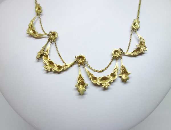 collier draperie or