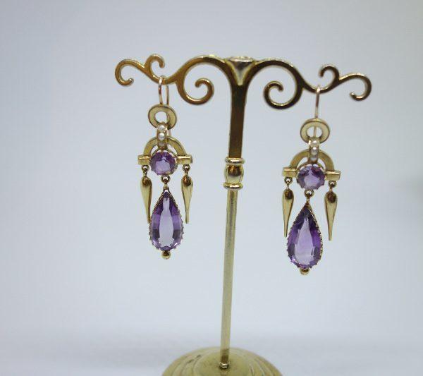boucles d'oreilles pendantes 19ième siècle avec améthystes