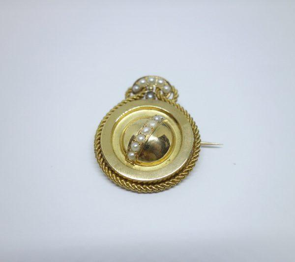 broche or et demi-perles fines