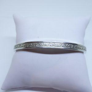 petit bracelet argent jonc façon ressort