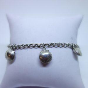 bracelet argent avec breloques coquillages
