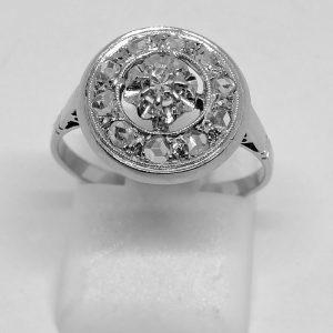 bague en or gris et platine avec diamants de forme ronde art déco vers 1930