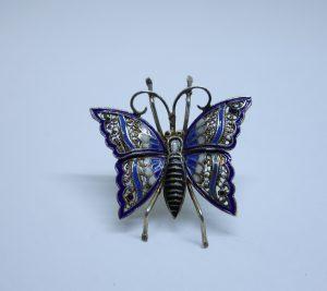 broche argent vermeil papillon fligrané et émaillé 1930