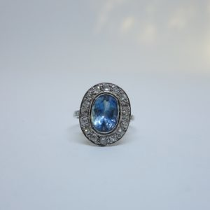 Bague or gris platine aigue-marine et diamants 1925