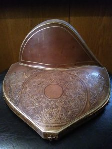 Ecrin ancien bois et cuir marque Méllerio
