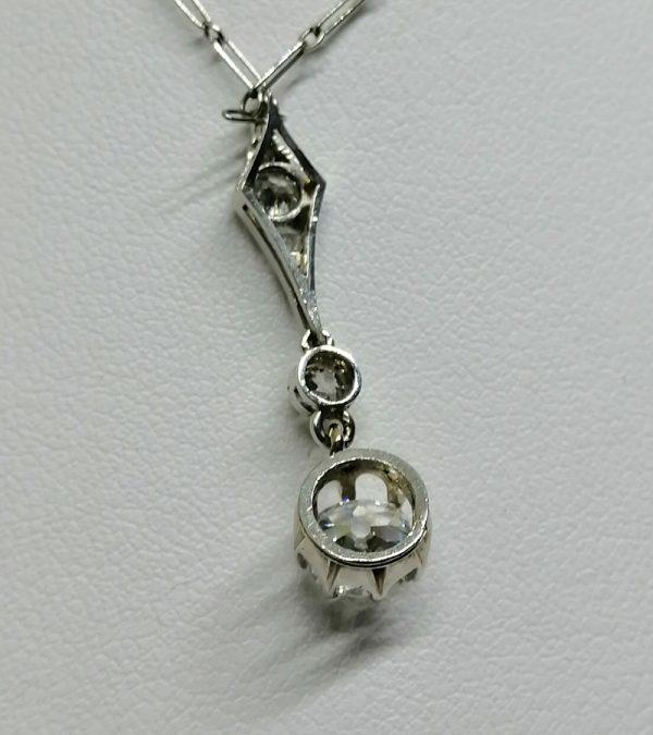 pendentif et chaîne en or gris avec diamants art déco