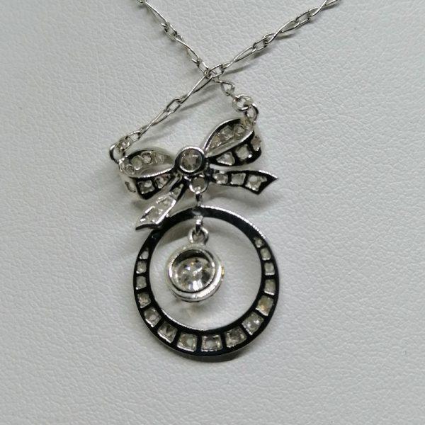 collier en or gris avec diamants art déco 1930