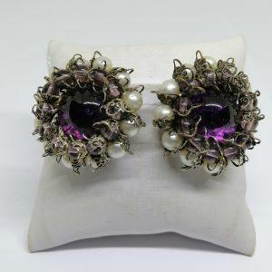 paire de boucles d'oreilles avec perles d'imitation et cabochon de verre 1930