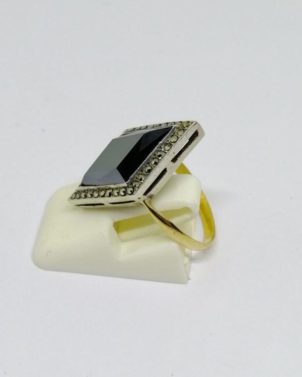 bague argent/or, avec hématite enforme de losange et marcasites, art déco vers 1930.