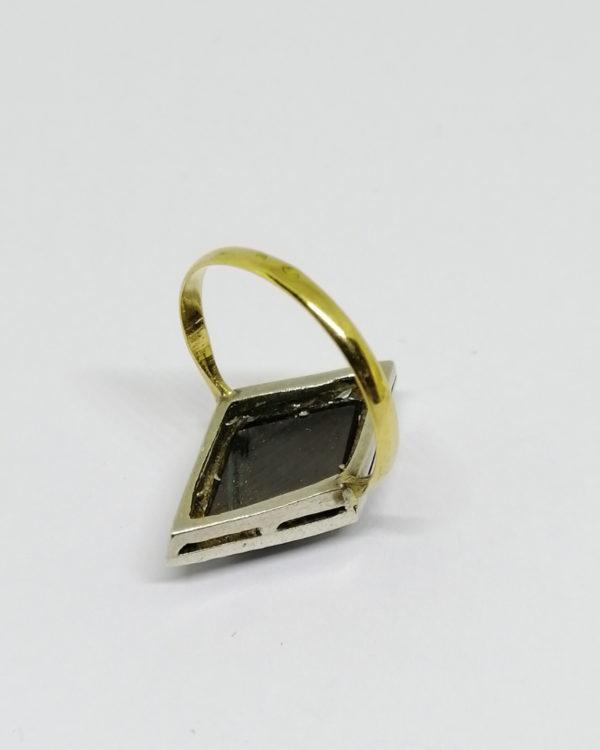 bague argent/or, avec hématite en forme de losange et marcasites époque art déco vers 1930.