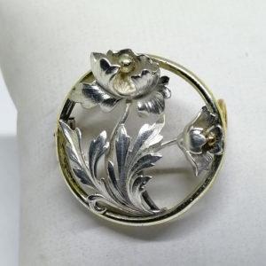 broche argent et or avec pavot typique de l'art nouveau vers 1900.